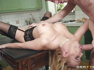keep one's eyes open for the lifetime orgasm well done Amber Jayne spreads her legs