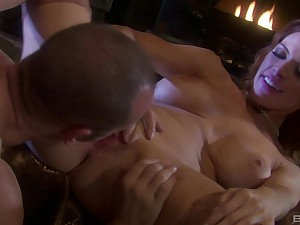 Sarah Blake adores pussy liking and hard sex unknowing room