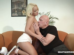 Kinky step uncle enjoys fucking pretty step niece Daisy Dawkins