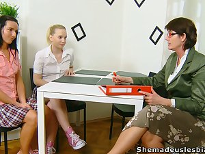 Lewd chick Masha is actually into working on wet pussy before mature tutor