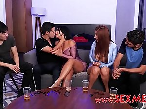 VIKA BORJA & GALI DIVA - BOYS PLAY AN EROTIC GAME OF CARDS WITH SEXY MOMMYS